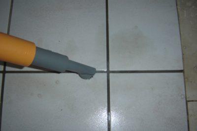 Cleanstar UNITEKNO - Beispiel Fugenreinigung